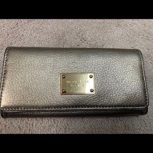 Michael Kors gold leather wallet